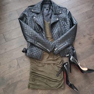 Olive EkAttire dress